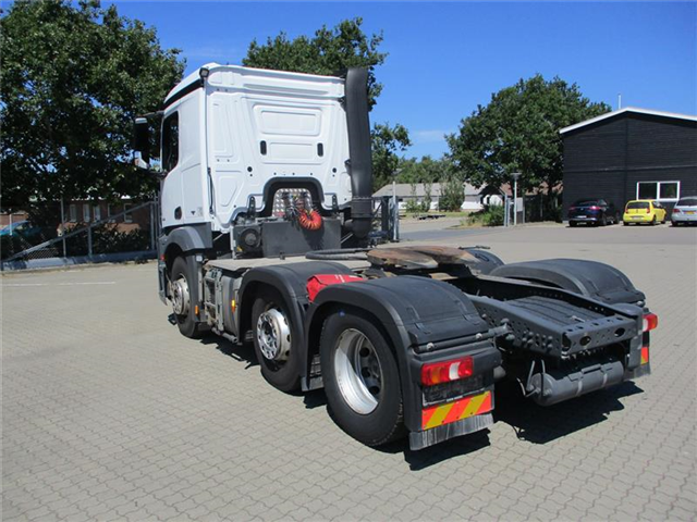 Mercedes-Benz Actros 2548 LS MP 4